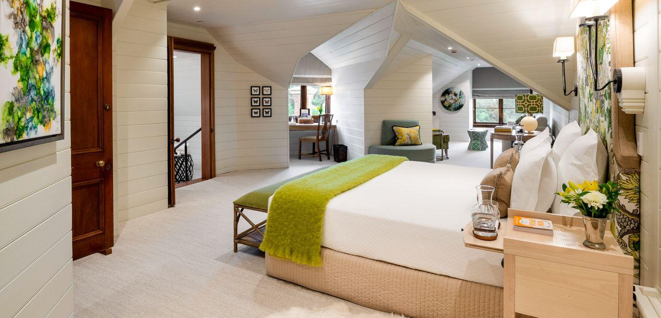Garret Suite